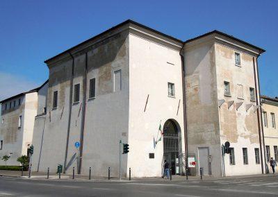 1280px-mantova-palazzo_di_san_sebastiano